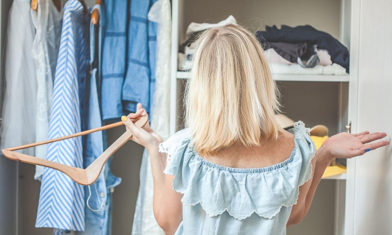 Welke methodes zijn er om je kledingkast op te ruimen - Gewoon Opgeruimd